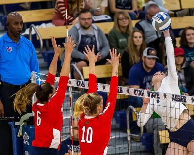 USU_Volleyball_vs_Fresno_St_11/23/2019_