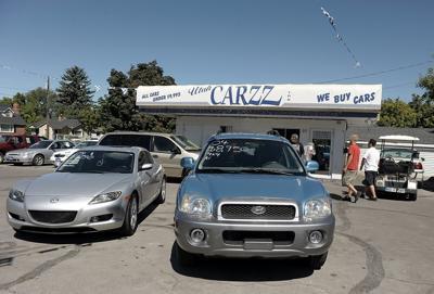 Car Dealerships In Logan Utah >> Thief Targets Logan Car Dealership Gets Away With Mercedes