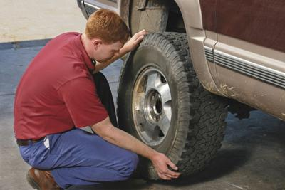 Discount Tire Utah >> 7 Things You Should Never Do When Changing A Tire