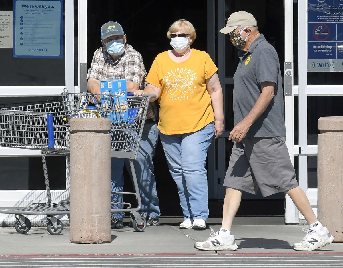 shopping masks SECONDARY