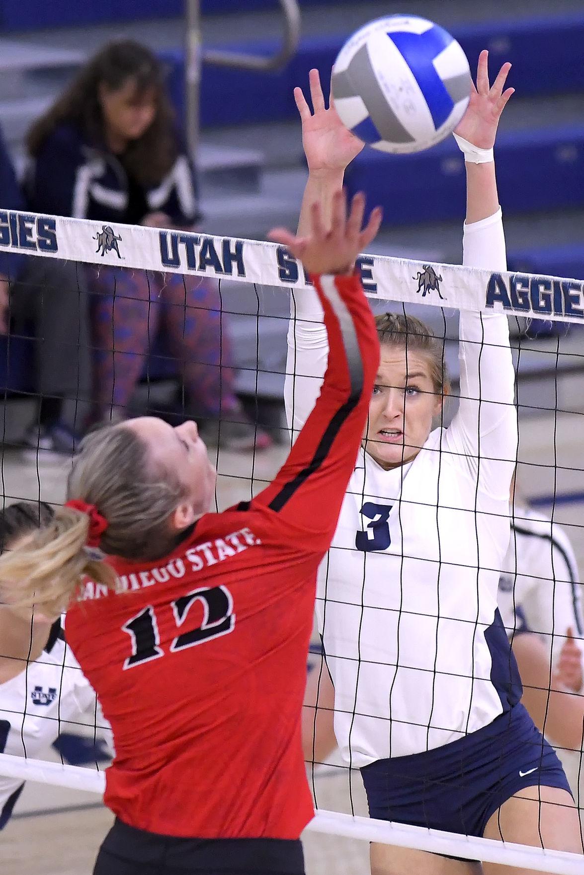 SDSU Utah State Volleyball MAIN