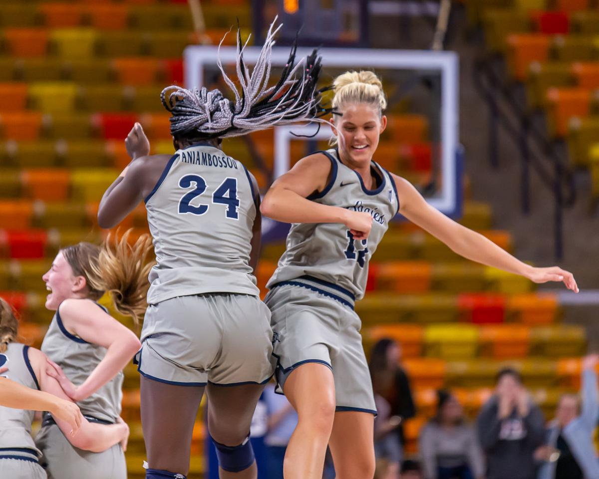 USU_W_Basketball_vs_UNLV_11/9/2019_