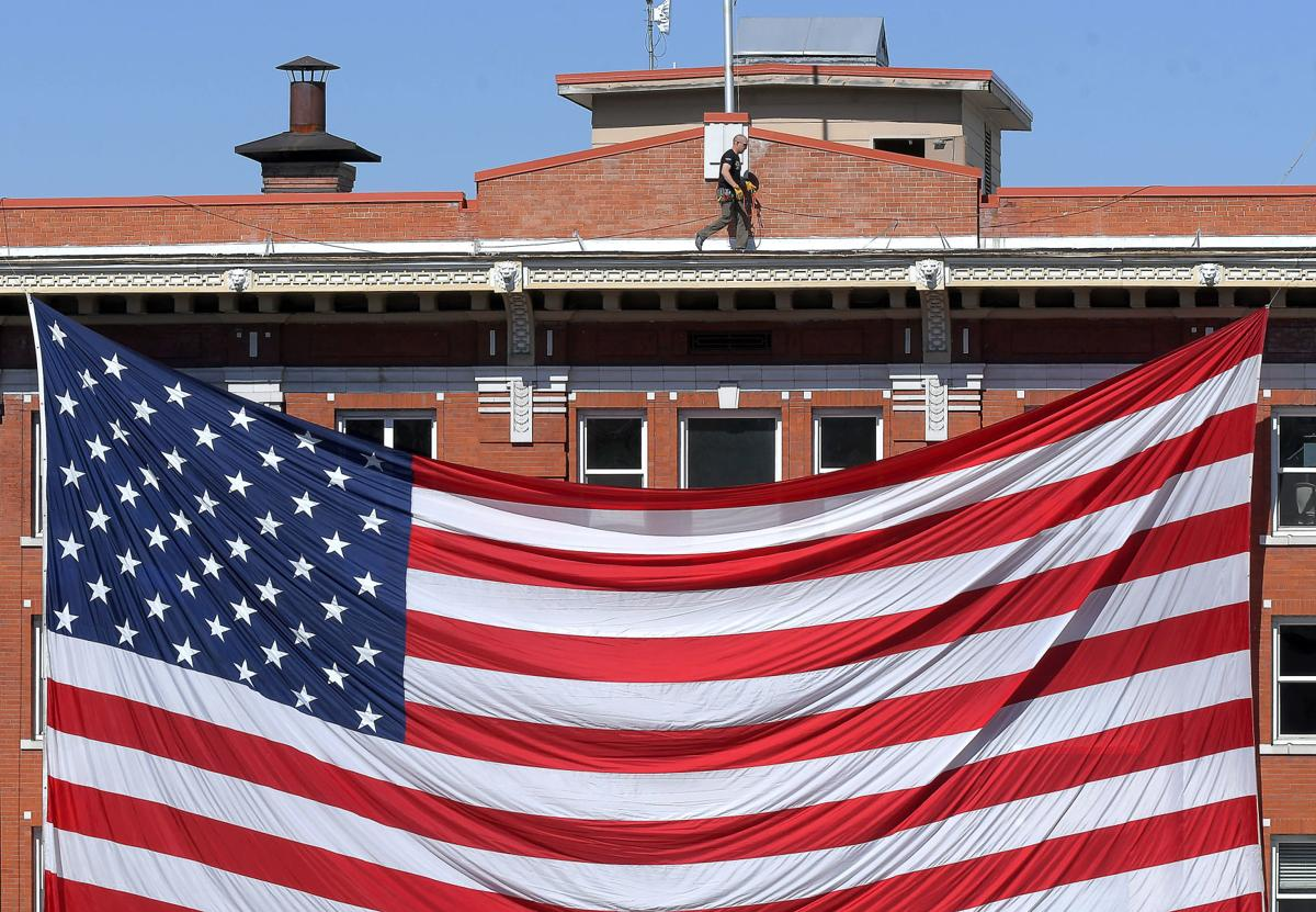 American Flag SECONDARY