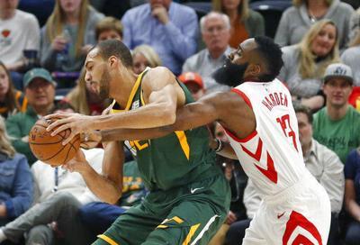 Rockets_Jazz_Basketball