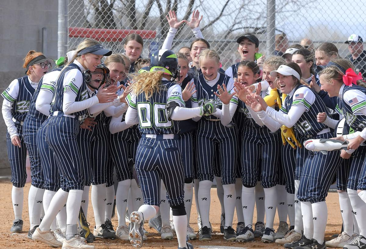 Riverhawks use long ball to move into tie with Mustangs