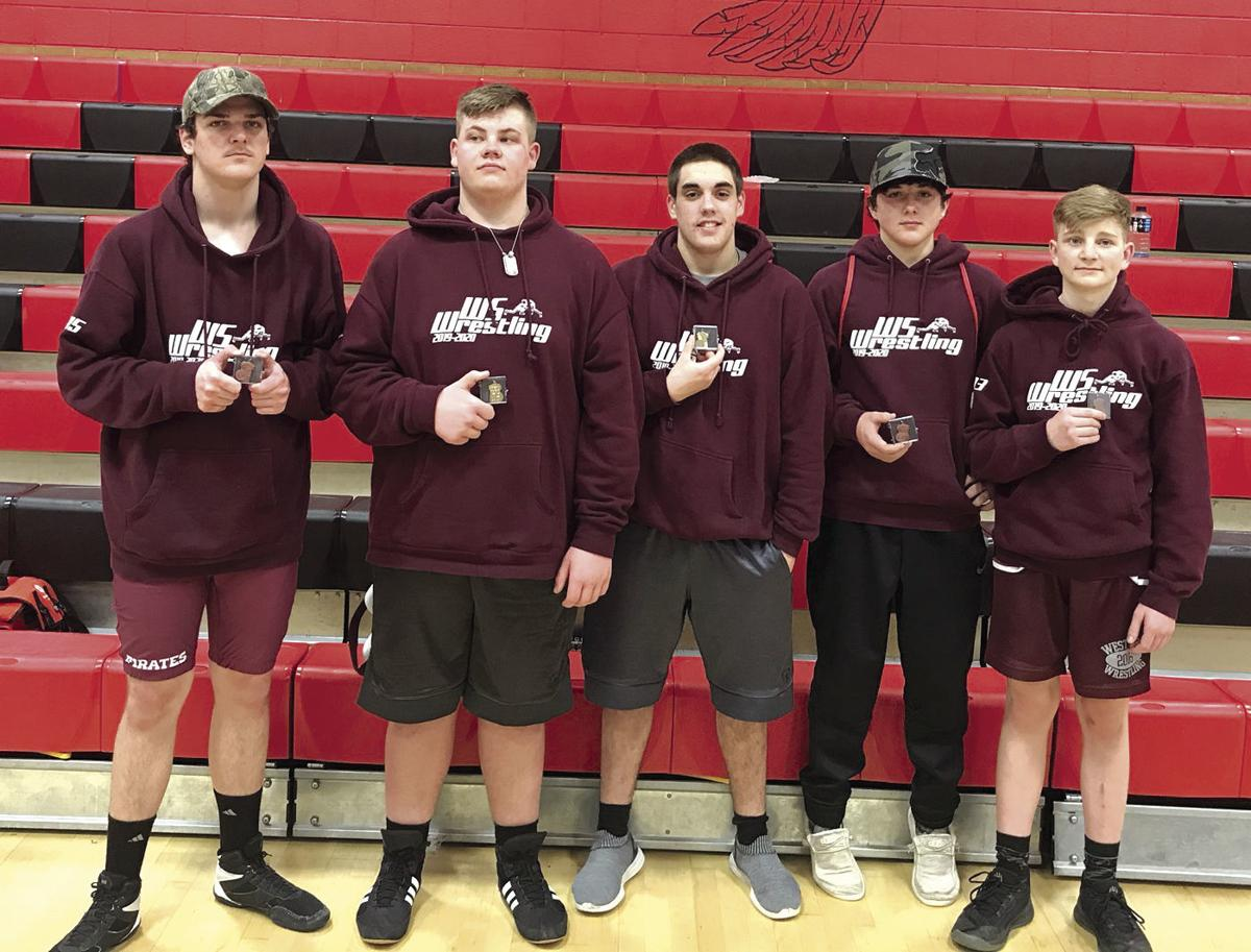 Seven Pirates advance to state wrestling meet