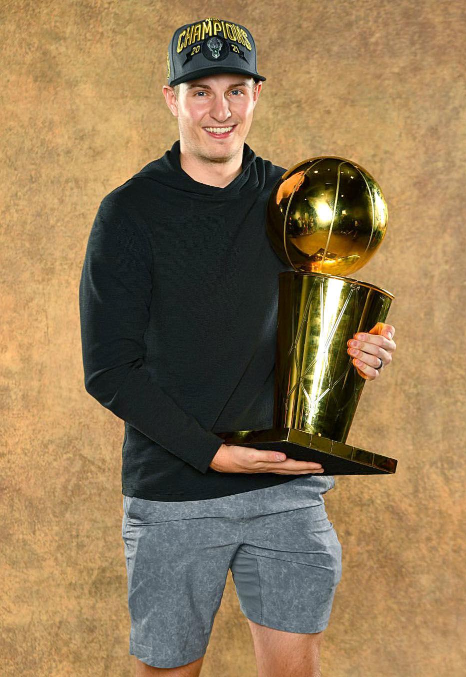 Sam Merrill Trophy
