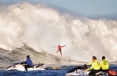 image - mavs surfer