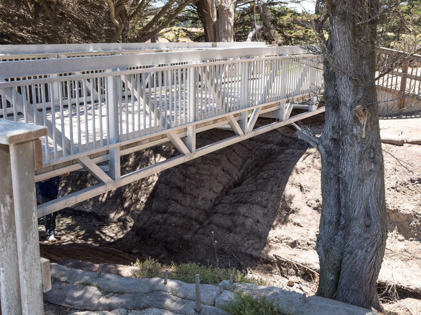Seymour erosion undercuts new bridge