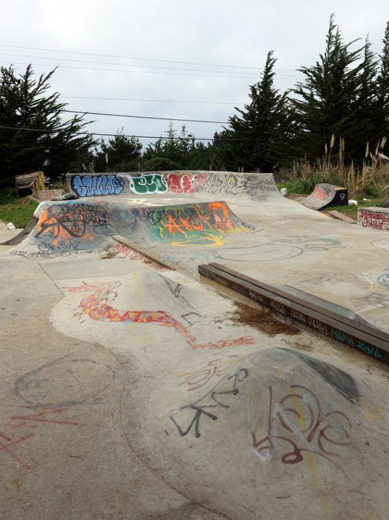 Moss Beach Ruins