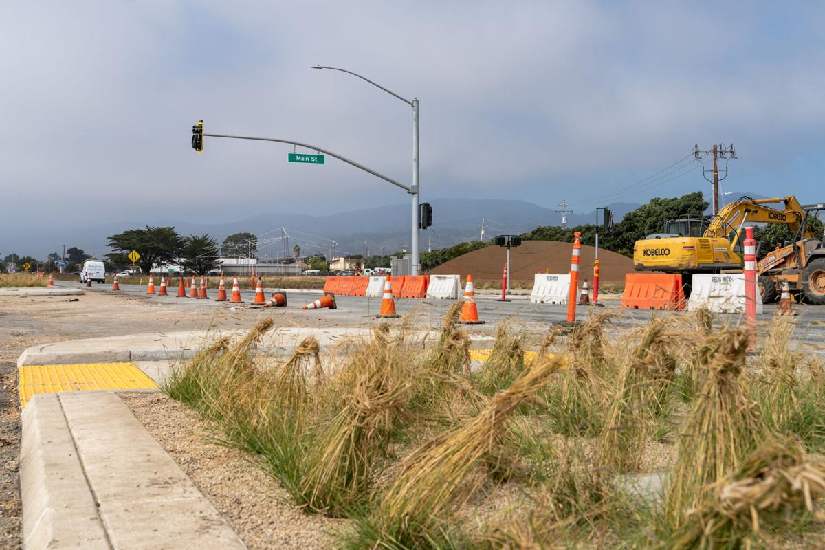 Main Street and Highway 1 Landscaping