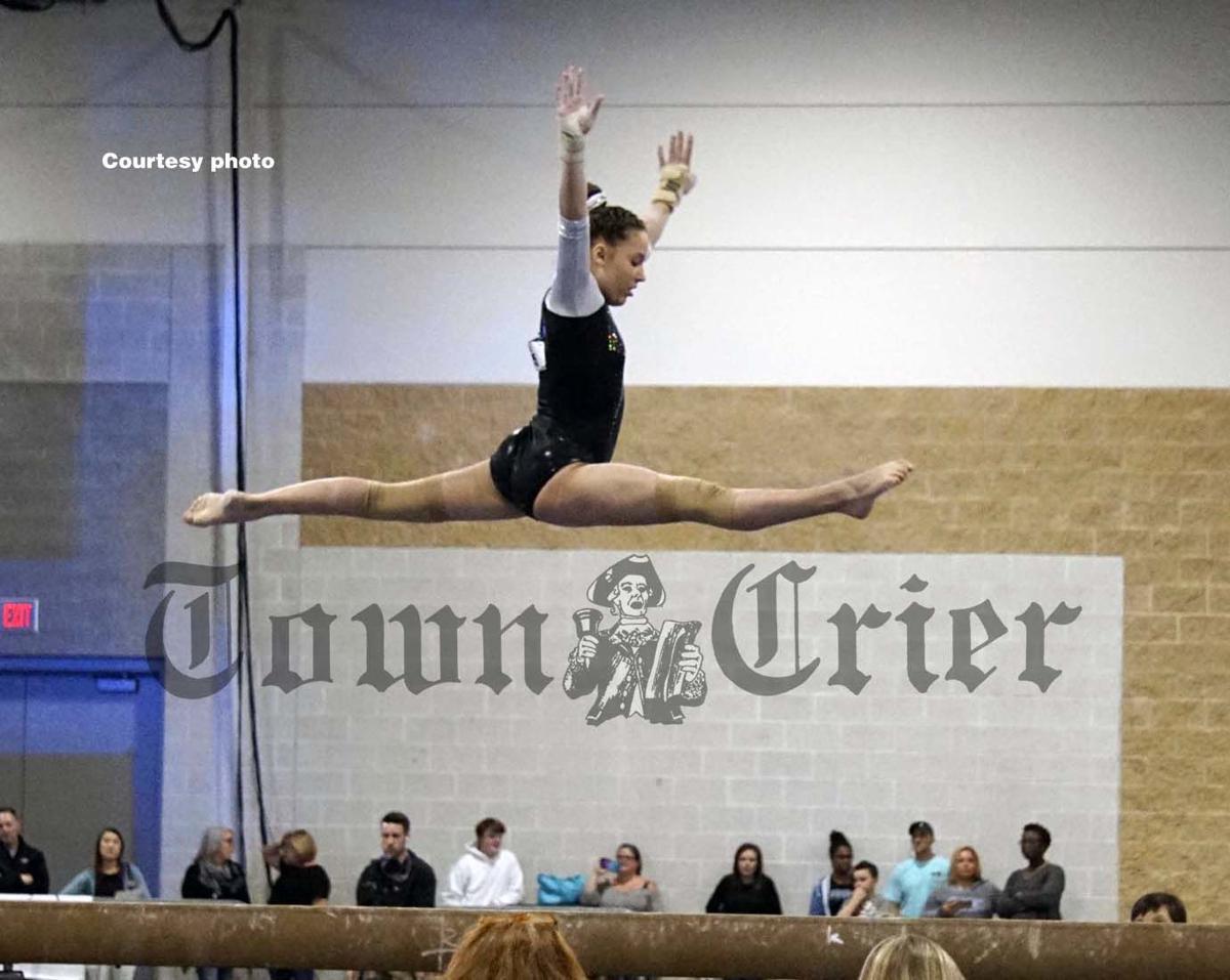 Alexa Graziano on beam