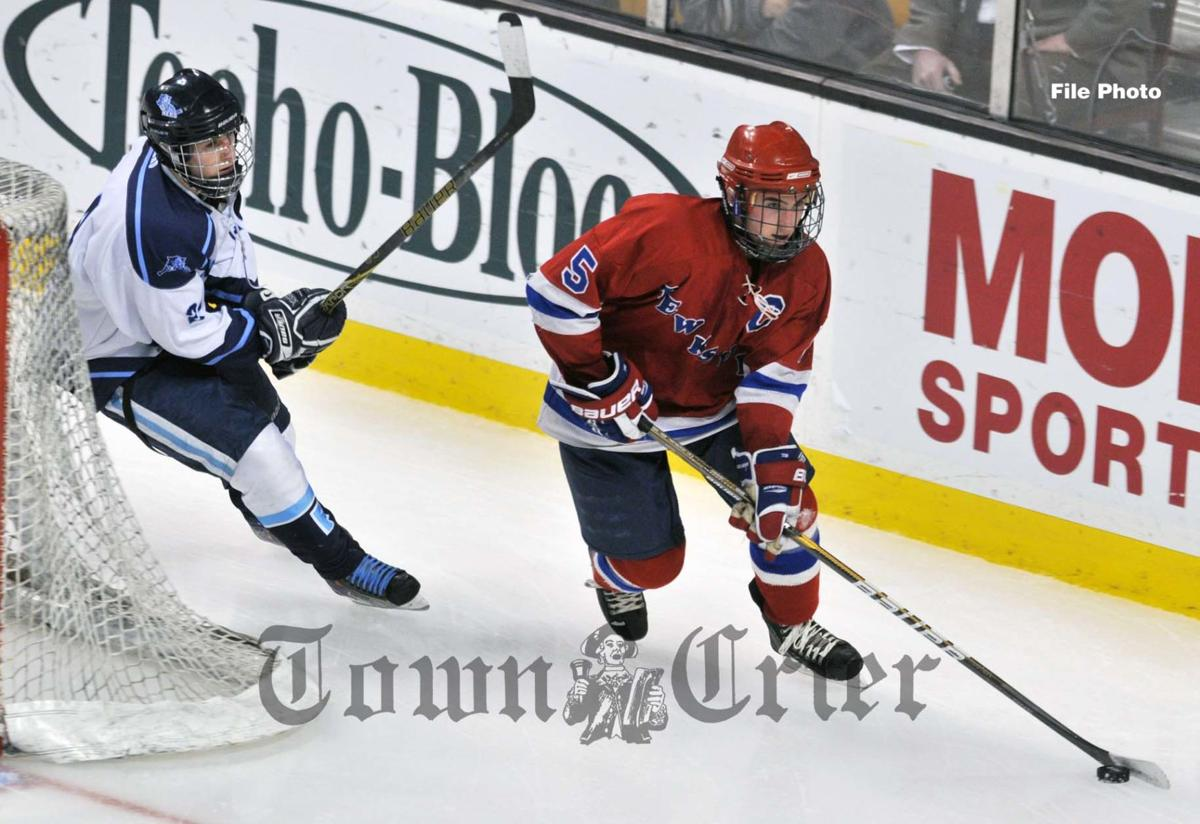 Sean MacLeod — Crier's Boys All-Decade ice hockey team
