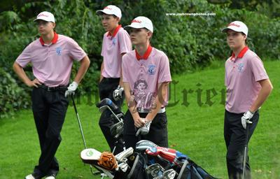 Cummings, Pazyra, White and Nordstrom of the TMHS Golf team