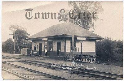 Silver Lake railroad station