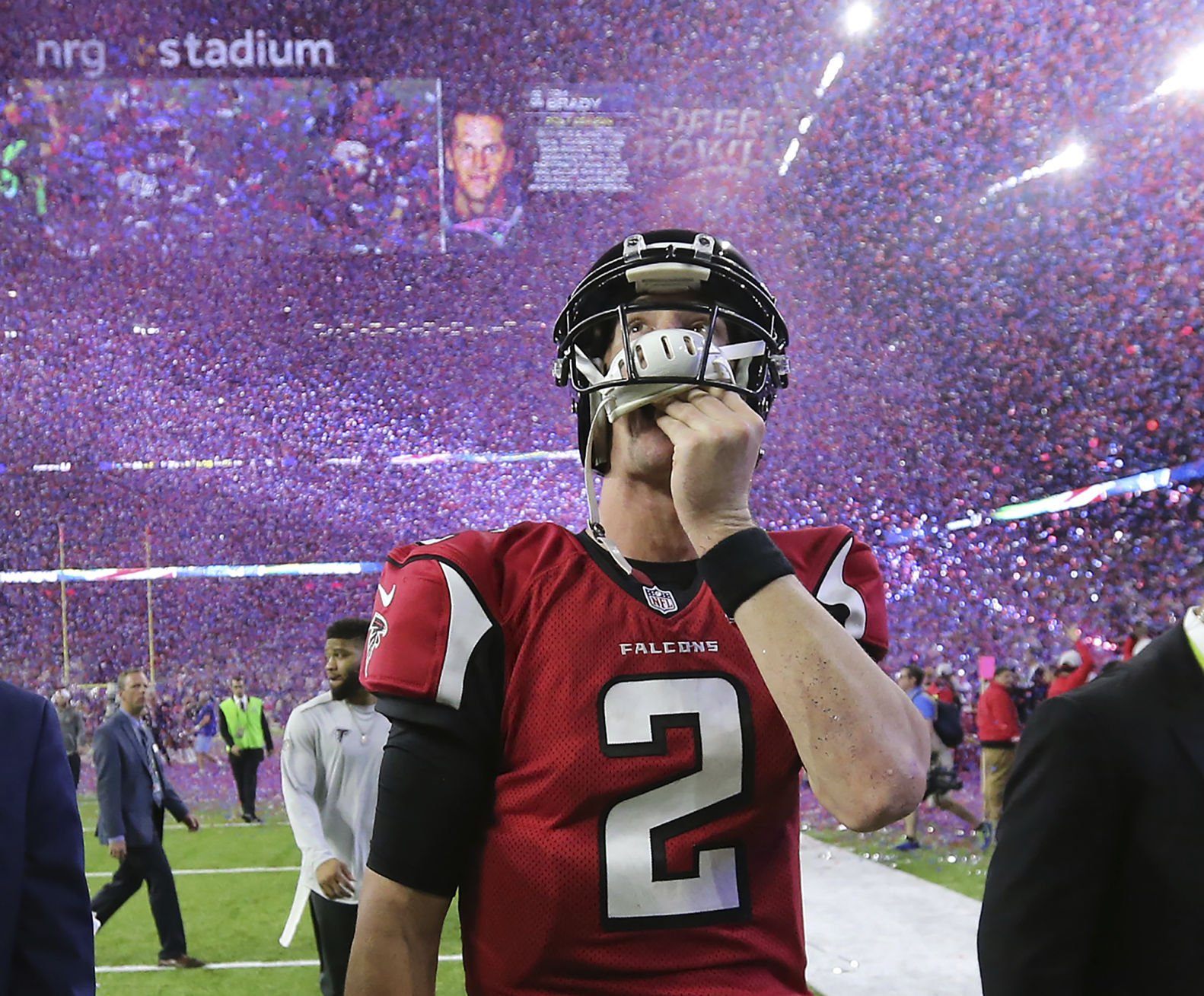 Super Bowl reminders abound ahead of Pats Falcons rematch