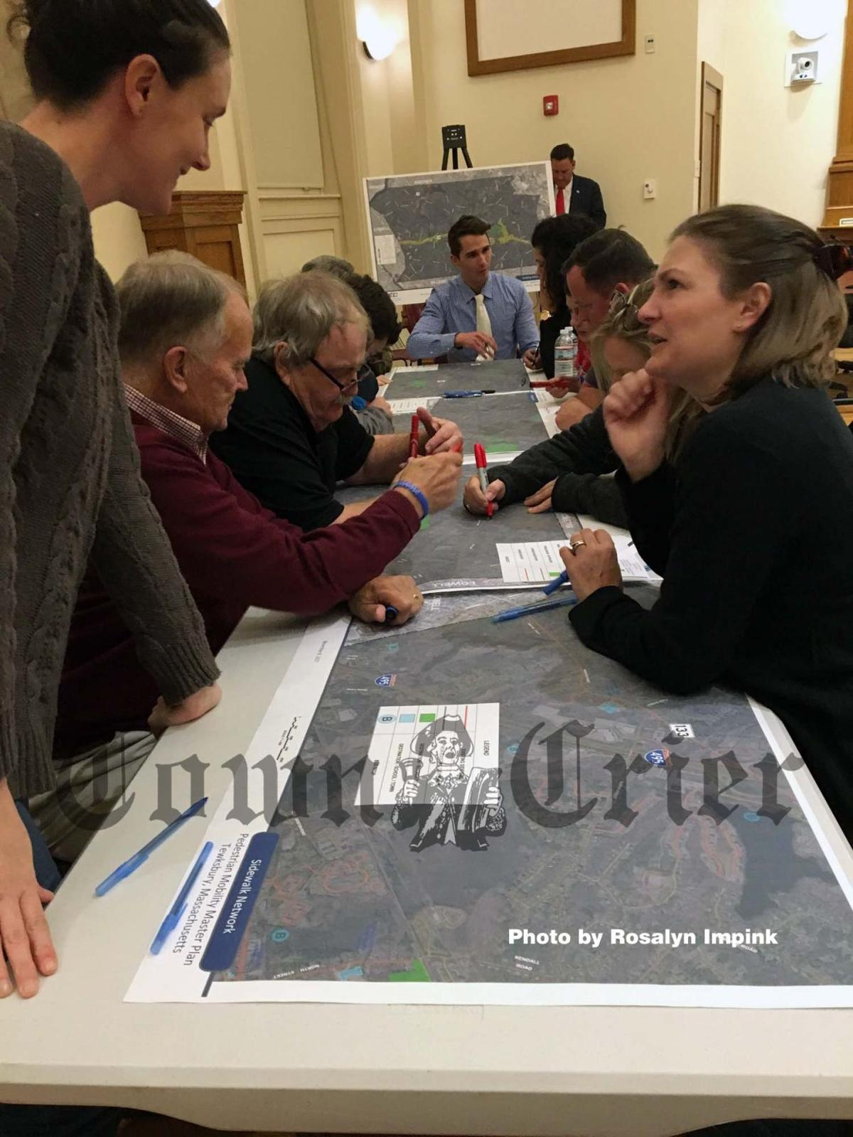 Residents map out desired sidewalk routes