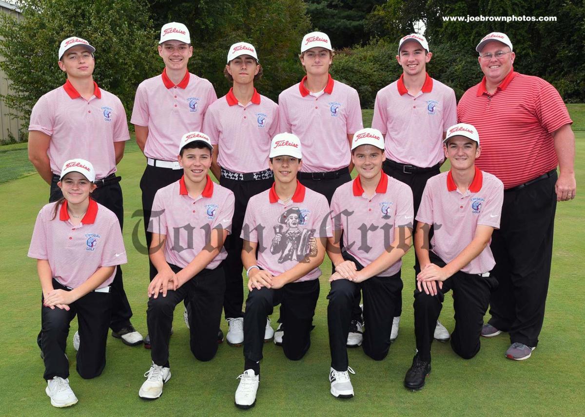 Members of the TMHS Varsity Golf team