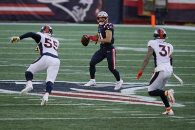 Broncos Patriots Football