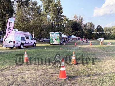 Food trucks and stands at the Tewksbury Community Market