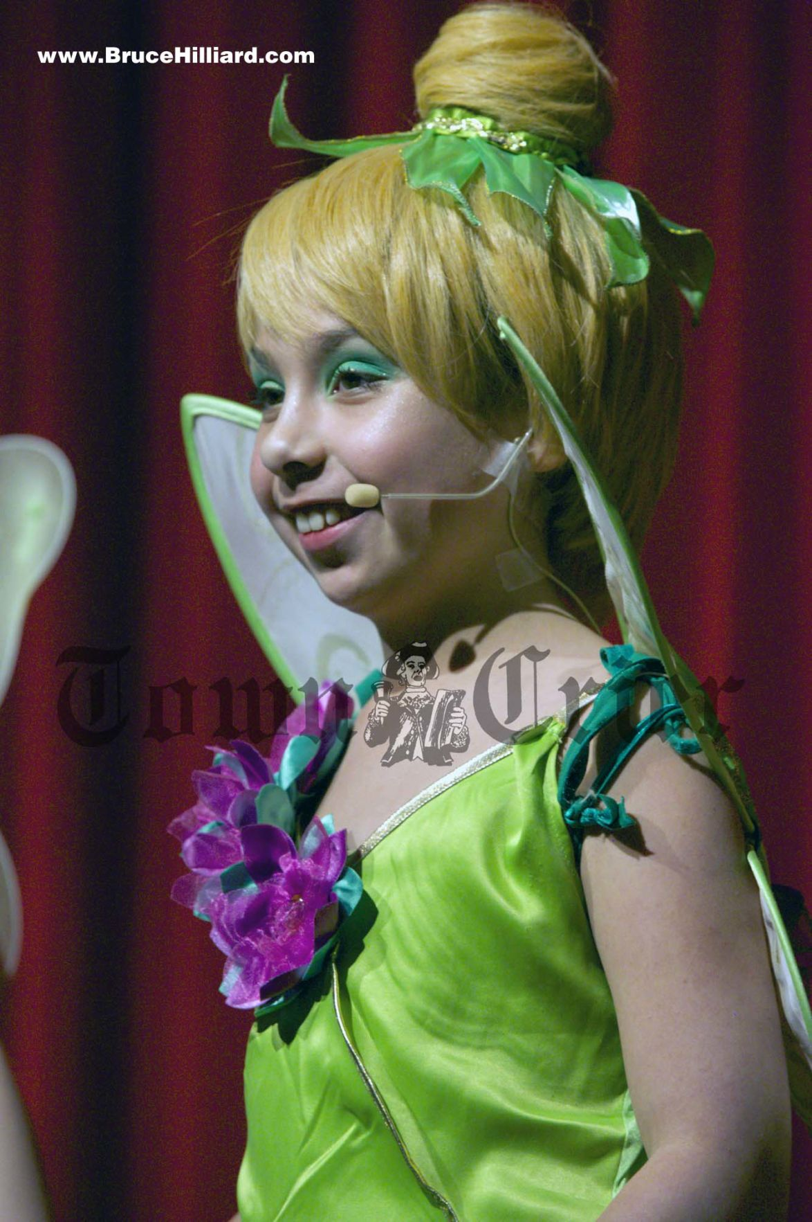 Ava Tucceri as Tinker Bell