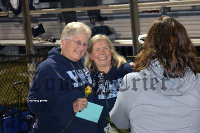 Barbara Mette with daughter Julie Kelley