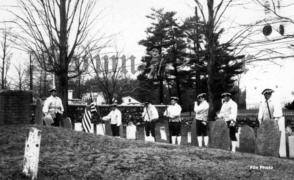 Wilmington Minutemen at the grave of Capt. Cadwallader Ford, Jr.