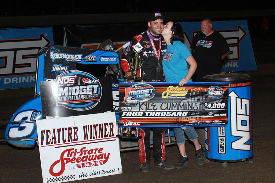 Cummins gets it done in both sprint and midget features