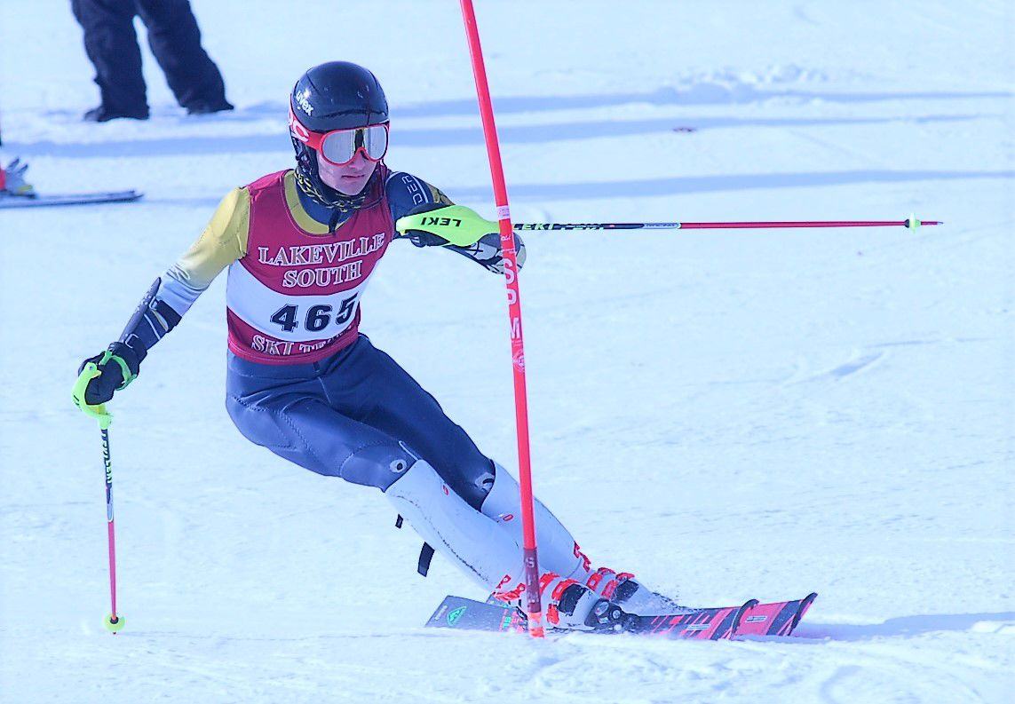 SSC skiers star on section Alpine slope