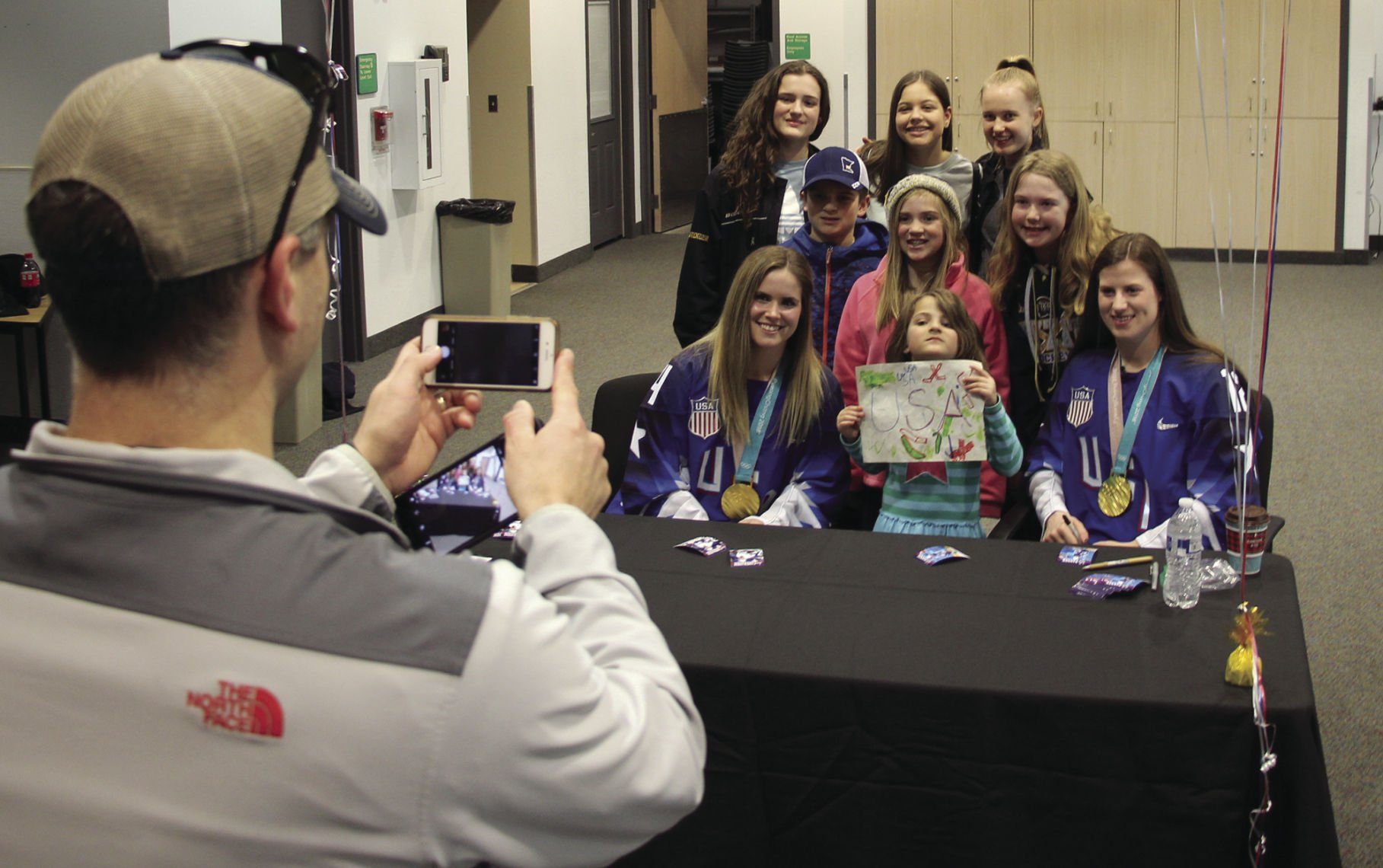 Pyeongchang: Hockey Fans Celebrate Olympic Gold Medalists During Welcome Home Reception