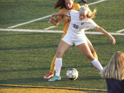 Young Lady Knights fall to 0-3