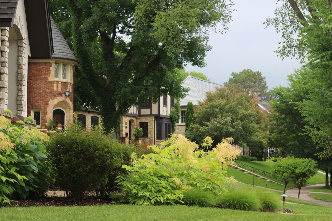 Country Club neighborhood