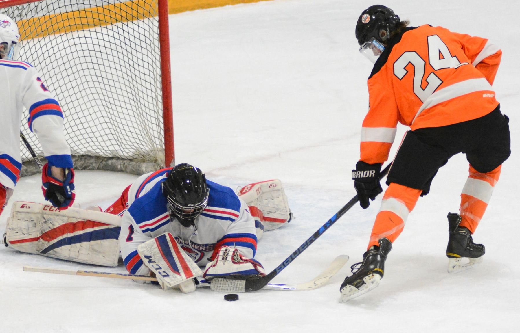 MN H.S.: Spring Lake Park Boys Hockey Fends Off Osseo