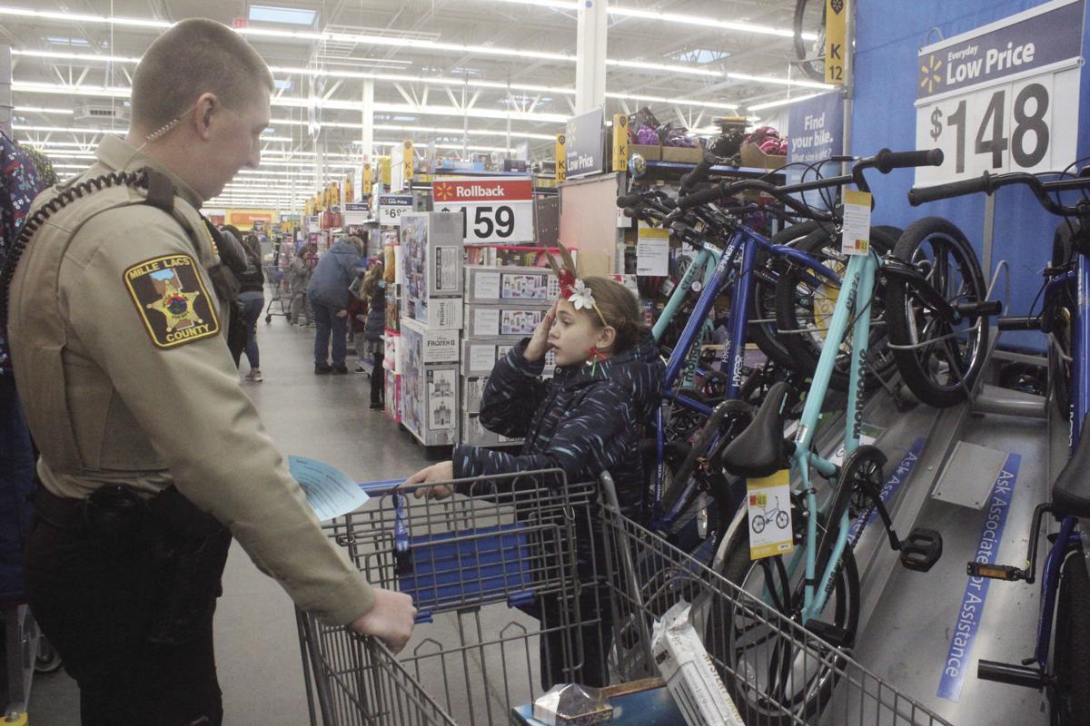 Princeton Walmart Cop Shop Xmas 8049.jpg
