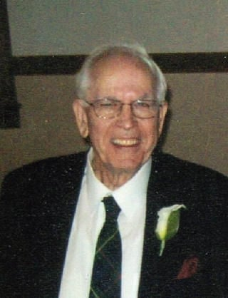 Loren E. Splettstoeszer