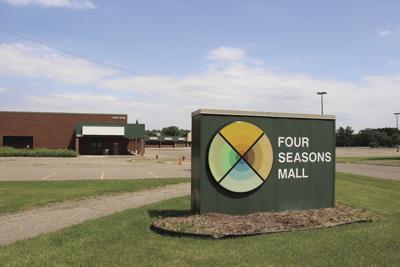 Four Seasons Mall