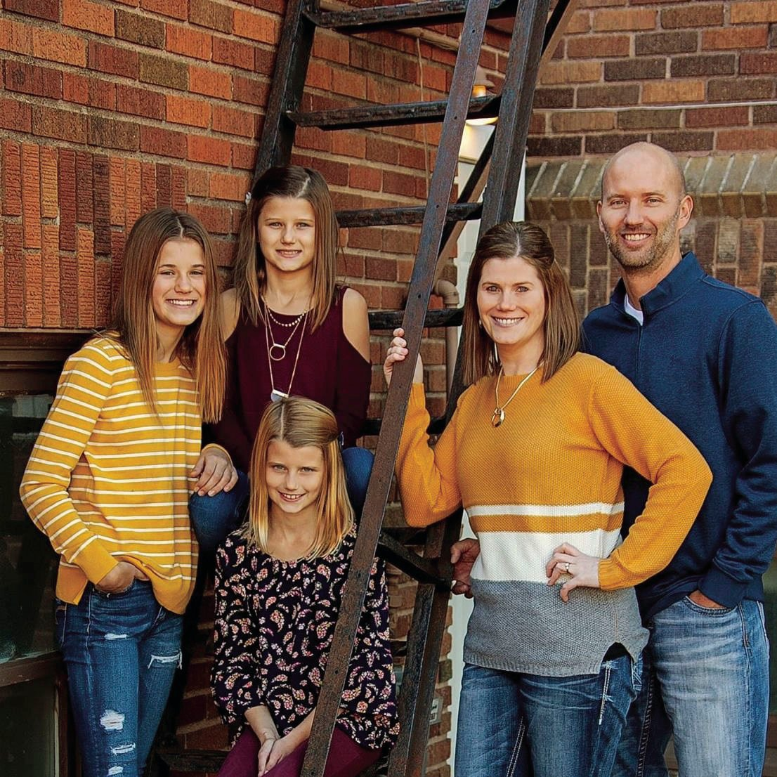Side hustle family.jpg