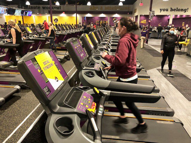 Planet Fitness Opens In Elk River Just In Time For New Year Elk River Star News Hometownsource Com