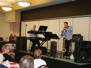 Music duo draw crowd at city's senior center