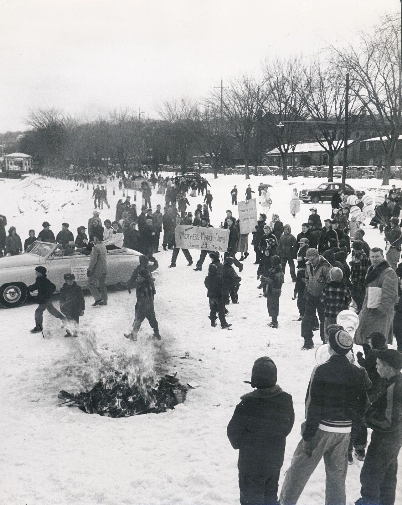 0122-vlife-Ice Cream Social at Lowell Park 1953.jpg