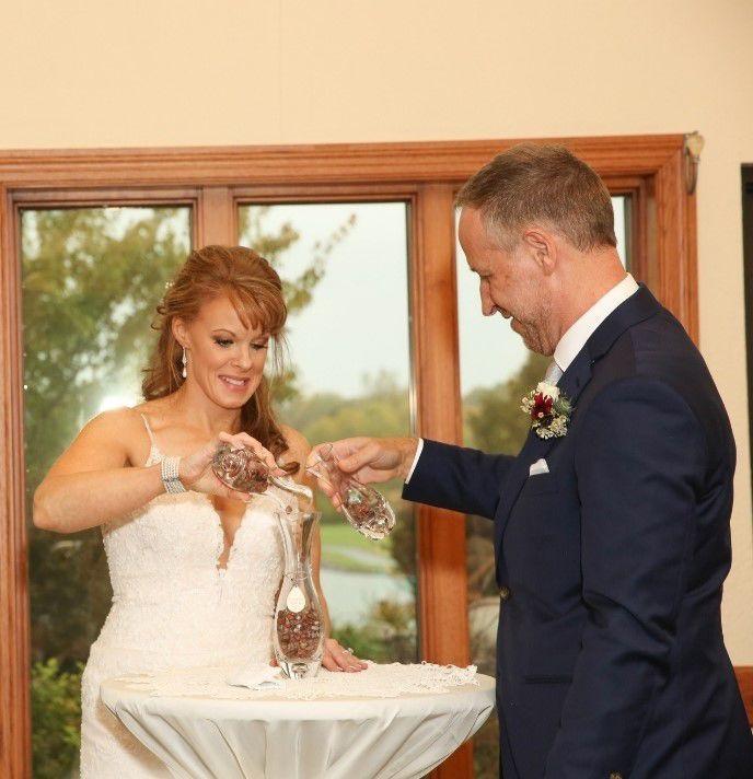 bridal couple candle.jpg
