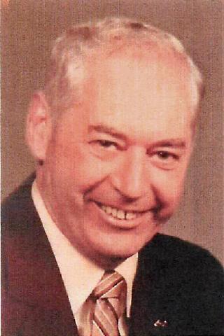 """Gilbert """"Gil"""" Paul Becklin"""