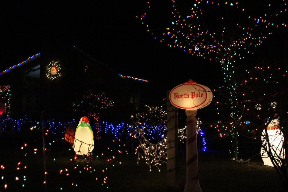 Elk River Utilities Christmas Light Contest 2020 Locals light up holiday nights; couple gives, takes joy with