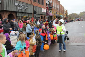 No more candy at Anoka Halloween parade | Local News ...