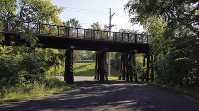 West Arm Rd W - Seton Ch Bridge.jpg