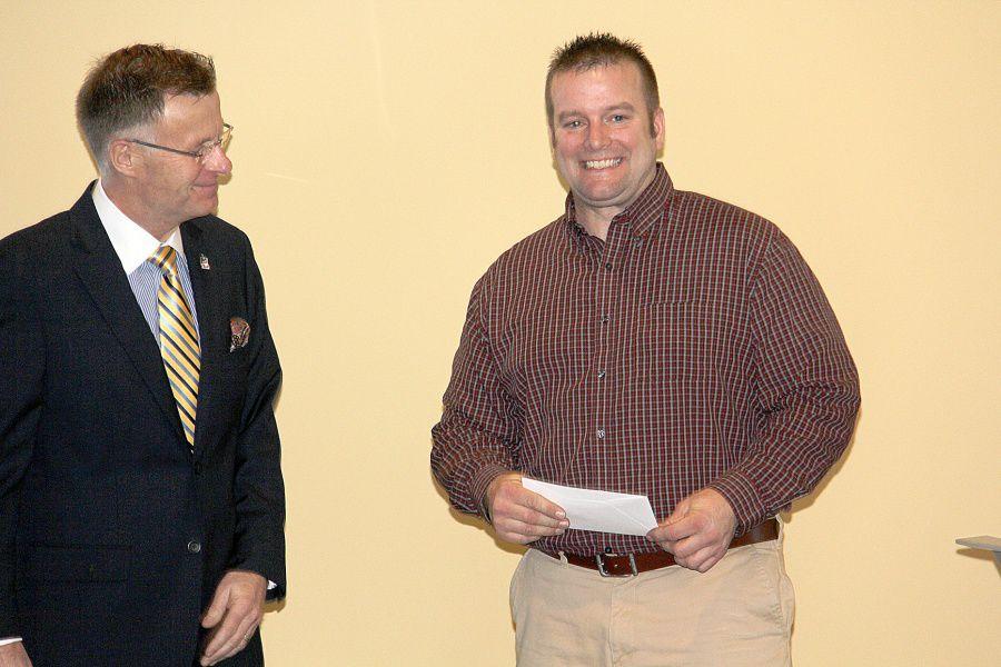 Houston HS teacher wins second place, $2,000, in Miller Ingenuity's National 2014 Ingenuity Challenge