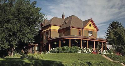 Sauntry mansion exterior.jpg