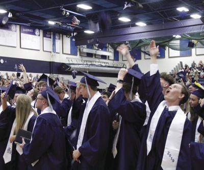 SF_2019_graduation_17_CMYK.jpg (copy)