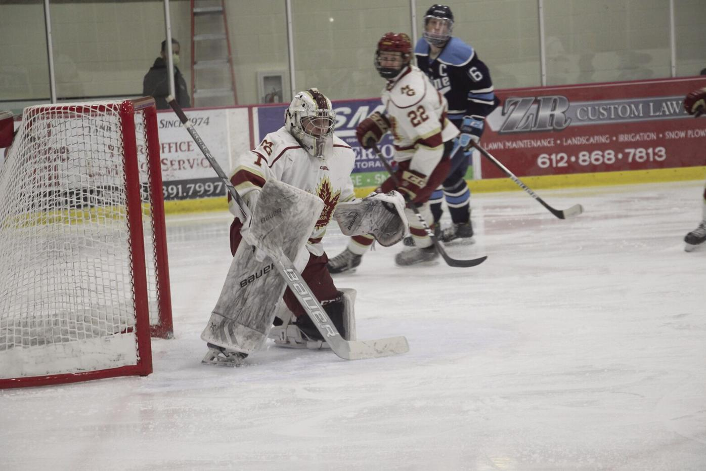 Crimson hockey seniors embracing final postseason hockey run