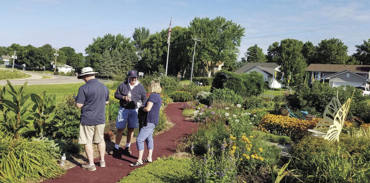 Benton Lake Gardens 1.jpg